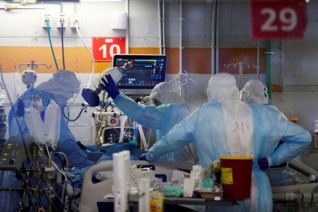 Κοροναϊός: Πόσες πιθανότητες έχει κάποιος να μολυνθεί μετά την πρώτη δόση εμβολίου AstraZeneca ή Pfizer