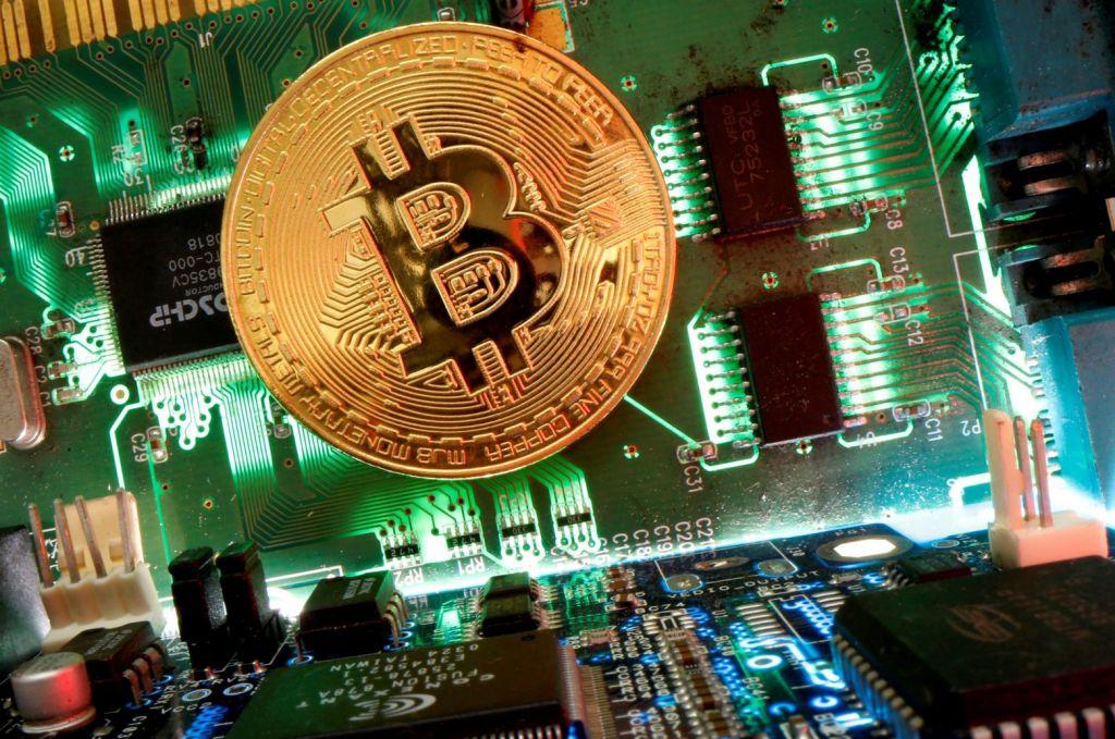 Νέο ρεκόρ για το Bitcoin καθώς τα κρυπτονομίσματα φτάνουν στο χρηματιστήριο