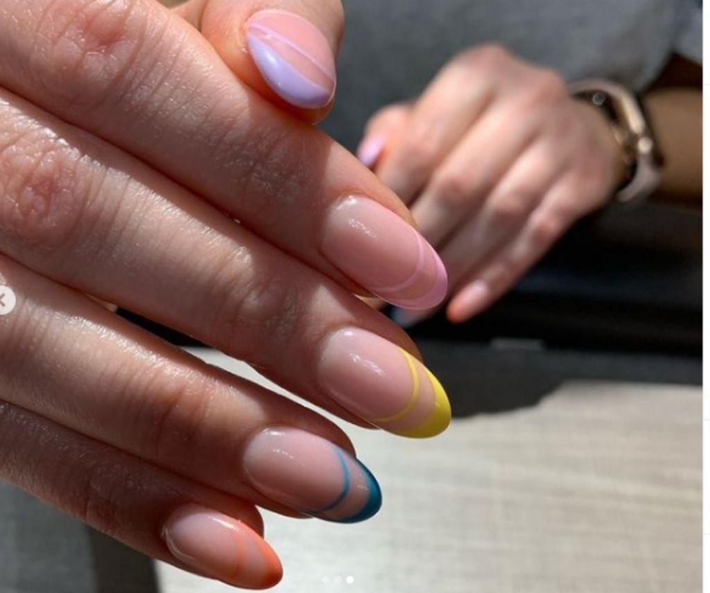 Αντίο γαλλικό μανικιούρ, αυτή είναι η νέα τάση στα νύχια   in.gr