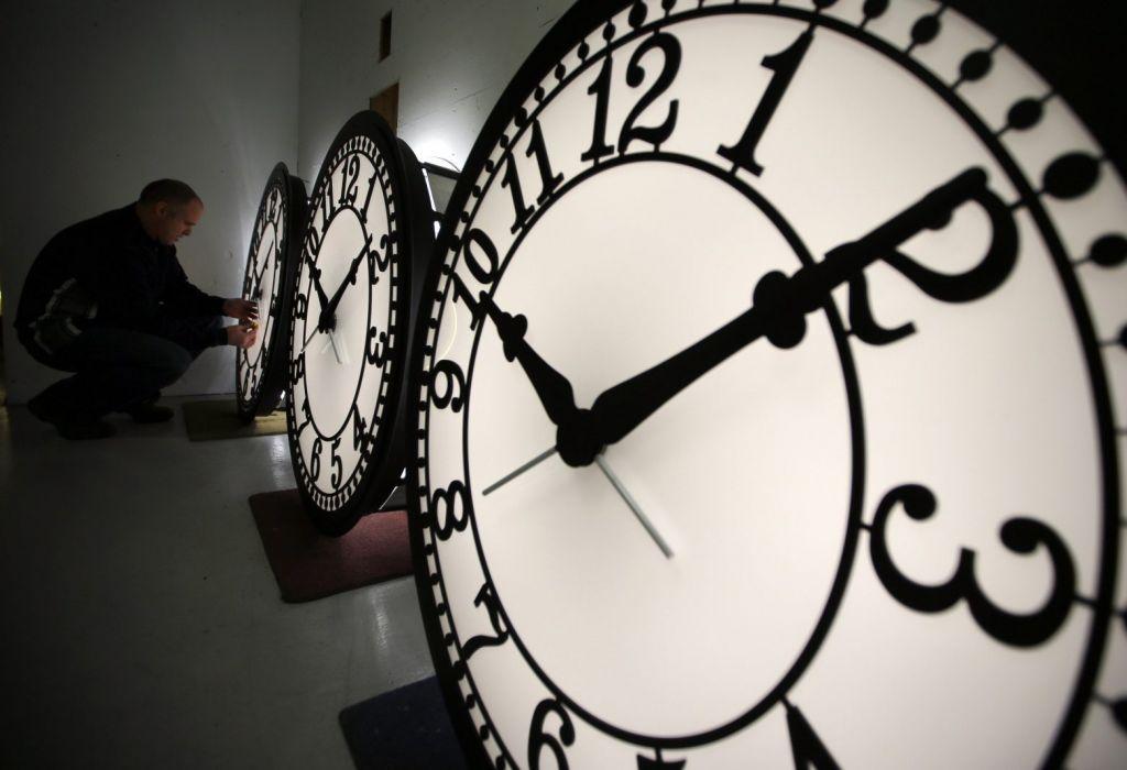 Τι ώρα είναι; Νέα ατομικά ρολόγια απαντούν με ακρίβεια 18 δεκαδικών