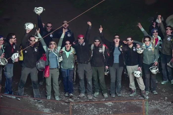 Γάλλοι σπηλαιολόγοι ξαναβλέπουν το φως έπειτα από πείραμα απομόνωσης 40 ημερών