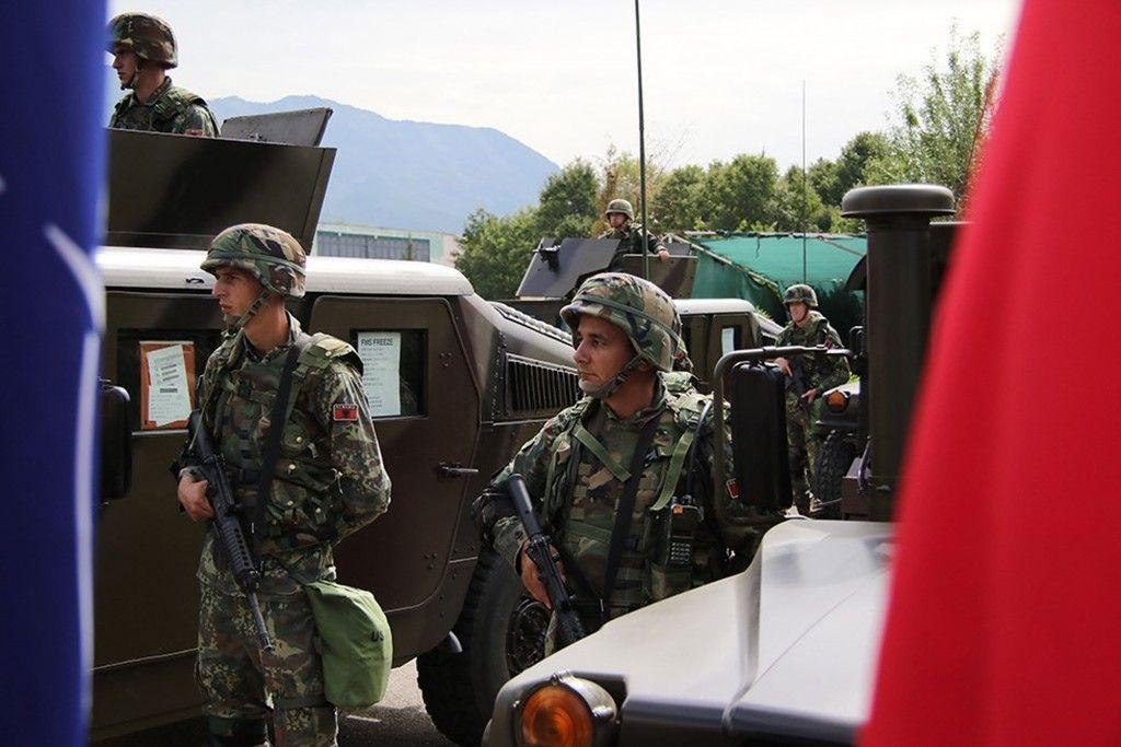 ΝΑΤΟ προς Αλβανία : Στον στρατό σας θα χορηγήσετε μόνο το εμβόλιο της Pfizer