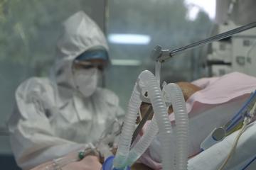 Ερευνα : Δύο στους 100 ασθενείς με κοροναϊό που νοσηλεύονται σε ΜΕΘ παθαίνουν εγκεφαλικό