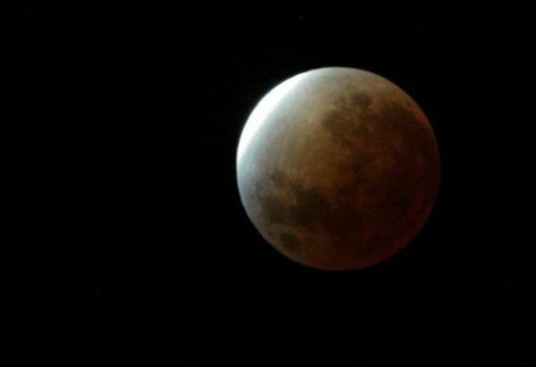 Ηνωμένα Αραβικά Εμιράτα : Θα συνεργαστούν με την ιαπωνική ispace για την αποστολή του πρώτου ρόβερ τους στη Σελήνη