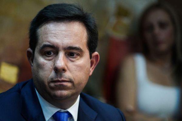 Μηταράκης προς Τούρκο υπουργό Εσωτερικών : «Υποχρέωσή σας να αποτρέπετε τις παράτυπες εξόδους»
