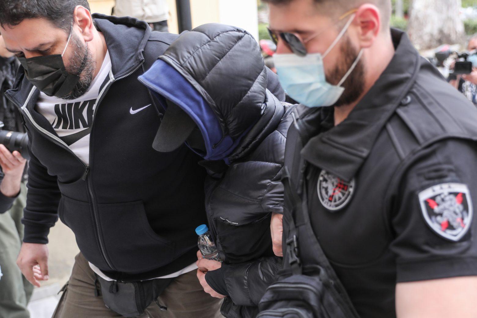 Μένιος Φουρθιώτης: Στον εισαγγελέα μαζί με ακόμα δύο άτομα | in.gr