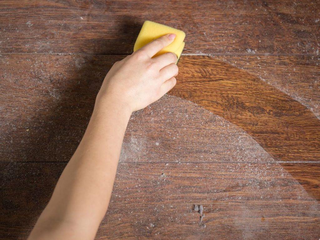 Κοροναϊός : Η σκόνη στο δωμάτιο πιθανός δείκτης κινδύνου