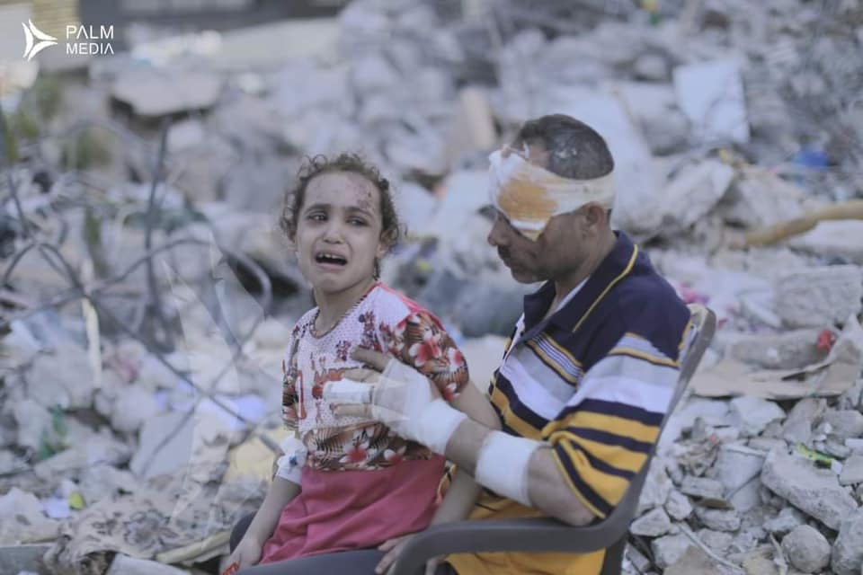 Εσύ με ποιους είσαι ρε; Με τους Παλαιστίνιους, με τους Ισραηλινούς ή με τον… άνθρωπο;