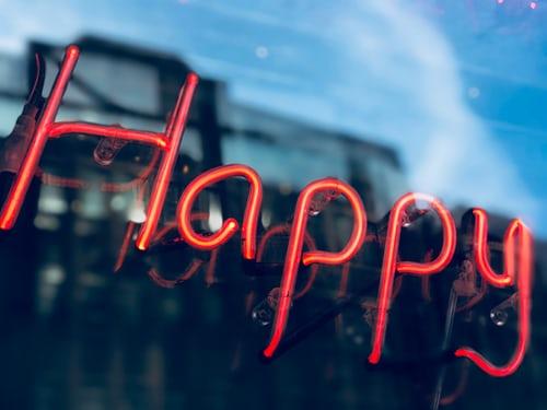 Ποια είναι η «εξίσωση» της ευτυχίας; - in.gr