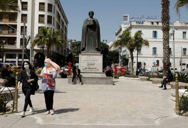 Τυνησία: Κατακραυγή μετά τη δολοφονία μιας γυναίκας από τον αστυνομικό σύζυγό της