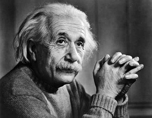 Επιστολή του Αϊνστάιν με τη διάσημη εξίσωση E=mc2 πωλήθηκε σε τιμή ρεκόρ