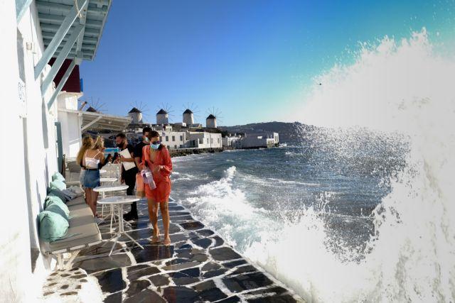 Τουρισμός: Άνοιγμα με αισιοδοξία, επιφυλάξεις και 6 νησιά στο «κόκκινο» |  in.gr
