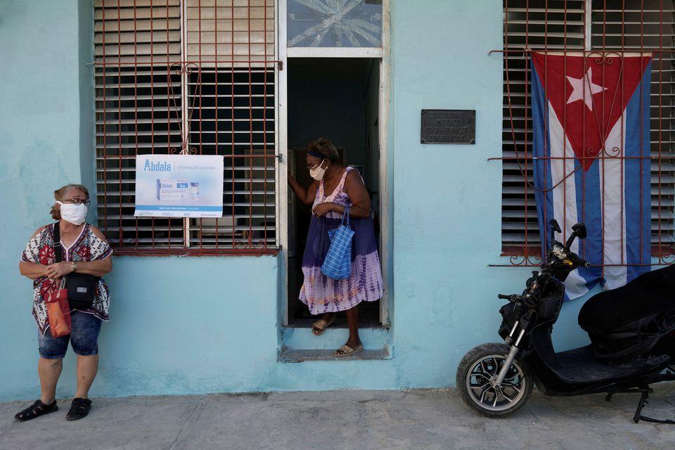 Κούβα: Ξεπέρασαν τους 800 οι νεκροί από την Covid 19 – Σε εξέλιξη η εκστρατεία εμβολιασμού