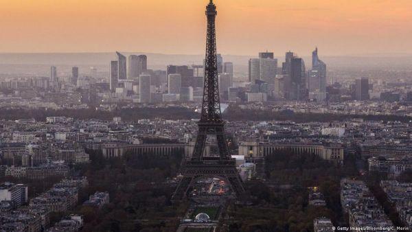 Γιατί πιέζει ο Μακρόν για αλλαγές στην ευρωζώνη;