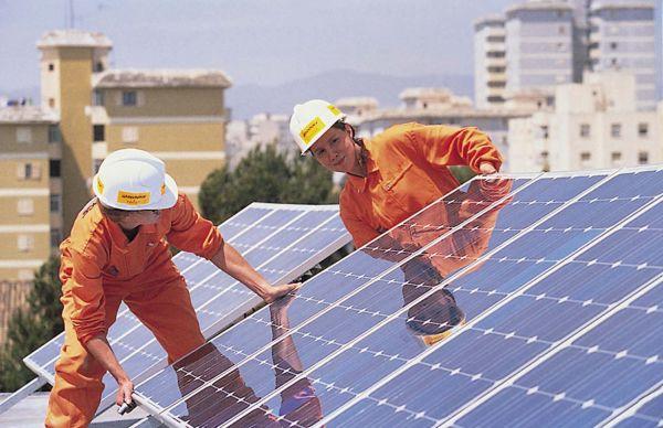 Φωτοβολταϊκά στέγης: Σύντομα αναμένεται η υπουργική απόφαση