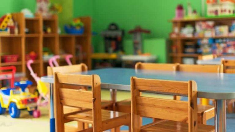 Ανοίγουν τη Δευτέρα οι παιδικοί σταθμοί, τι θα γίνει με τα self test