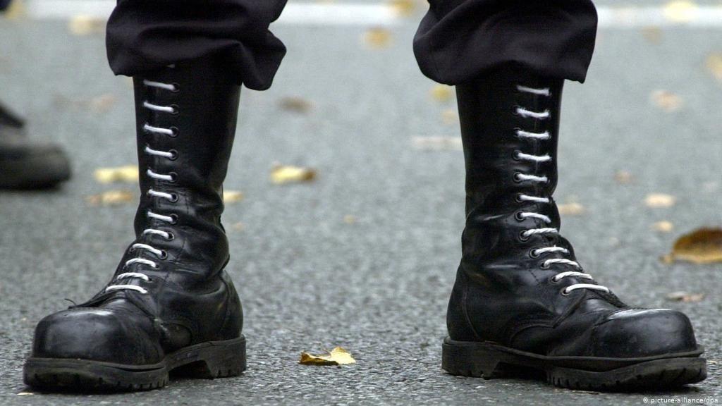 Σερβία: Η πανδημία του κοροναϊού ενισχύει την έξαρση του ακροδεξιού εξτρεμισμού