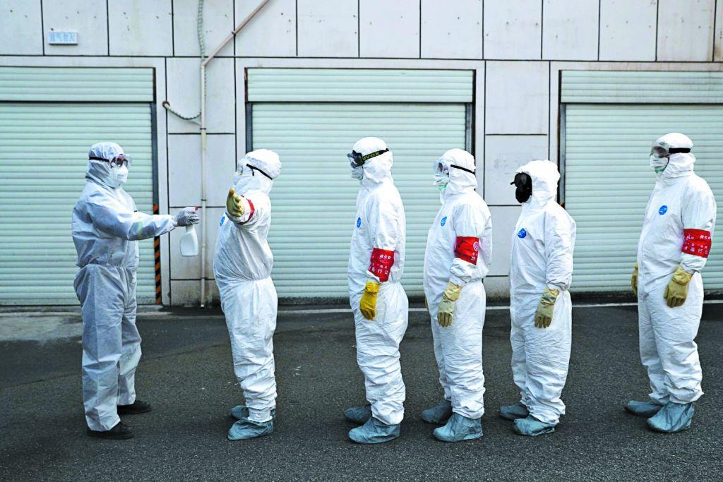 Νέα έρευνα για την προέλευση της πανδημίας θα ζητήσουν ΗΠΑ και ΕΕ