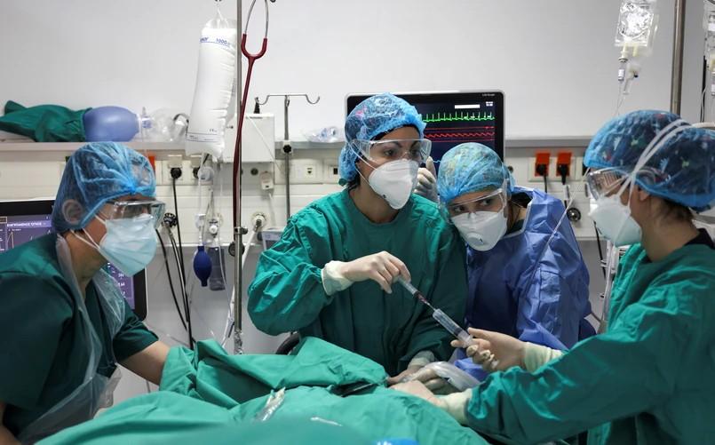 Κοροναϊός: Kύτταρα του ομφαλίου λώρου έσωσαν σοβαρά ασθενείς