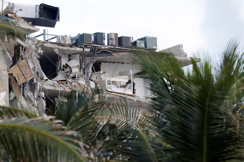Μαϊάμι: Τουλάχιστον ένας νεκρός από την κατάρρευση πολυκατοικίας – Συνεχίζεται η μάχη των διασωστών