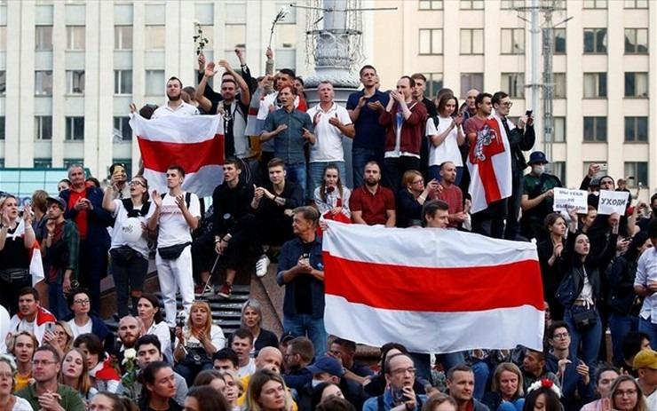 Λευκορωσία: Ακτιβιστής της αντιπολίτευσης έκανε απόπειρα αυτοκτονίας στο δικαστήριο