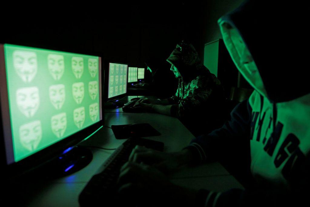 Κυβερνοεπιθέσεις: Οι ΗΠΑ επικηρύσσουν τους χάκερ ξένων κυβερνήσεων