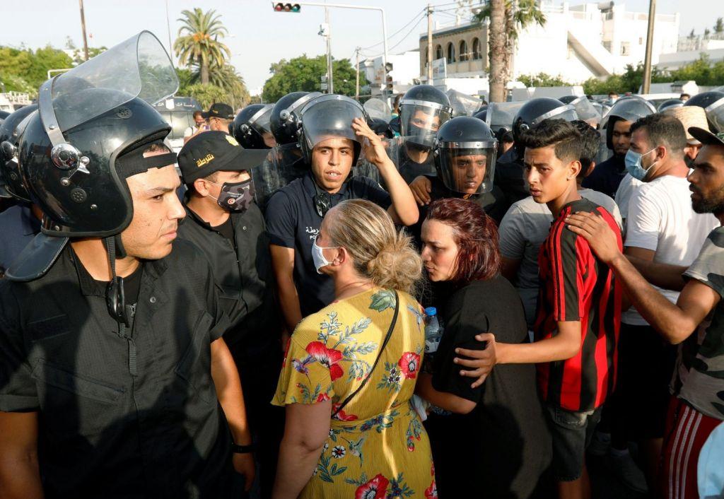 Τυνησία – Οι πολλαπλές διαστάσεις της πολιτικής κρίσης