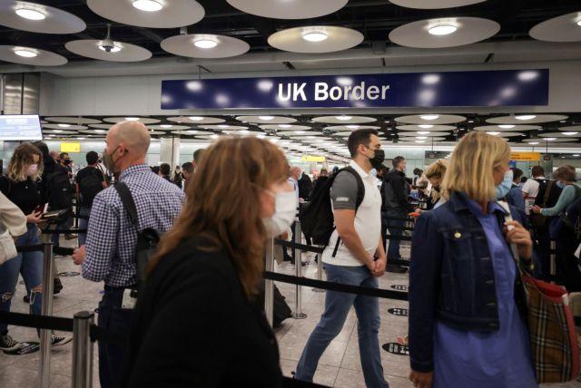 Βρετανία – κοροναϊός: Δεν αλλάζει η 10ήμερη καραντίνα για όσους επιστρέφουν από τη Γαλλία