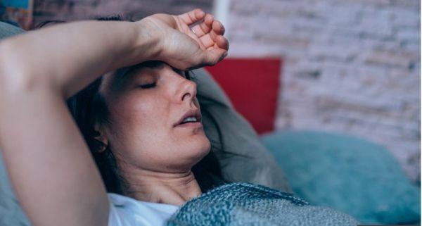 Μακροχρόνιος κοροναϊός: Τι είναι και ποια συμπτώματα έχει;