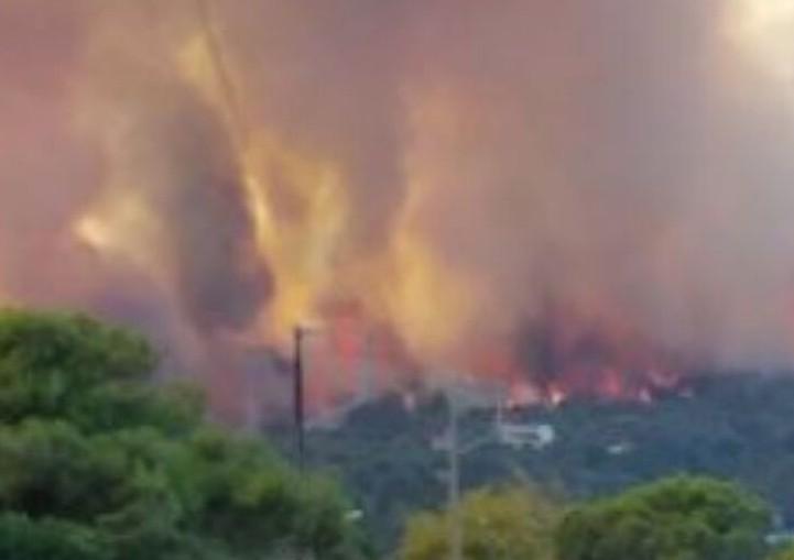 Φωτιά στην Αχαΐα – Σε επιφυλακή τα Νοσοκομεία Αιγίου και Πανεπιστημιακό Ρίου