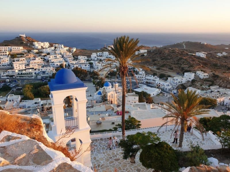 Mykonos, Ios a step away from partial lockdown, intensive monitoring of six more islands