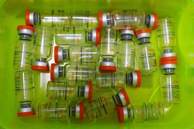 Να μην κυριαρχήσει ο φόβος – το εμβόλιο παραμένει η λύση