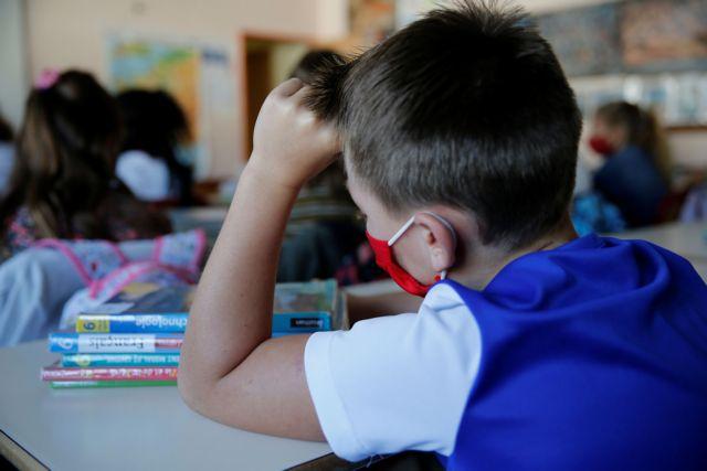 Κοροναϊός: Γιατί η Ελλάδα «βιάζεται» να εμβολιάσει τα παιδιά – Τι συμβαίνει διεθνώς