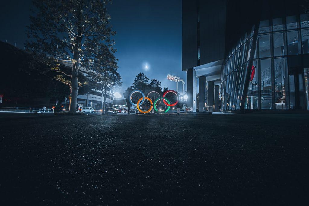 Το… ολυμπιακών διαστάσεων οικονομικό φιάσκο του Τόκιο