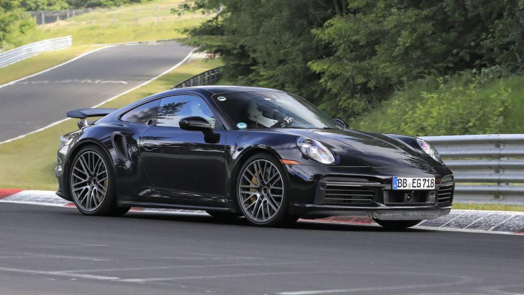 Πρόβα τζενεράλε στο Nurburgring για την Porsche 911 Turbo Hybrid