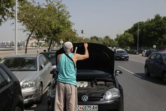 Καύσωνας – Σε Χαλκιδική και Πιερία ξεχύθηκαν οι Θεσσαλονίκεις – Μποτιλιάρισμα στους δρόμους
