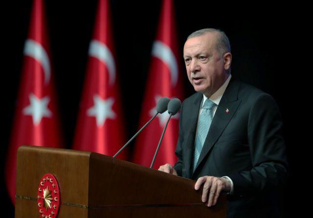 Τουρκία: Αναγκαστική προσγείωση ελικοπτέρου που μετέφερε τον Ερντογάν