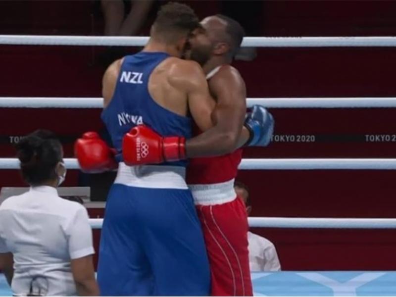 Ολυμπιακοί Αγώνες: Πυγμάχος δάγκωσε τον αντίπαλό του