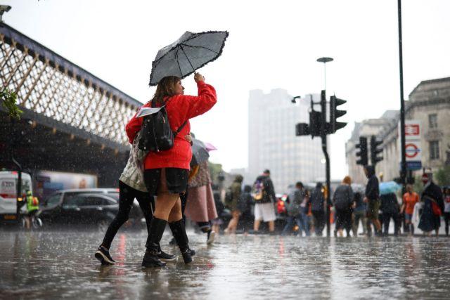 Βρετανία: Στο έλεος καταιγίδων το Λονδίνο
