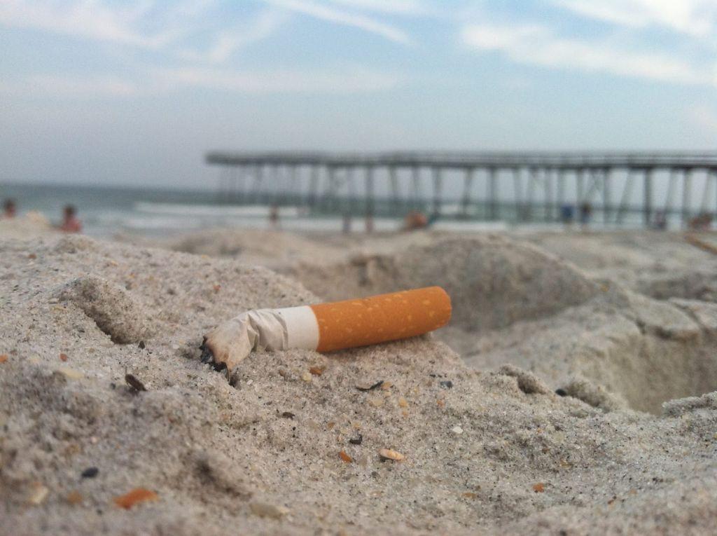 Κίνδυνος-θάνατος αν κάνετε αυτό στην παραλία – Καμπανάκι από την Αντικαρκινική Εταιρεία