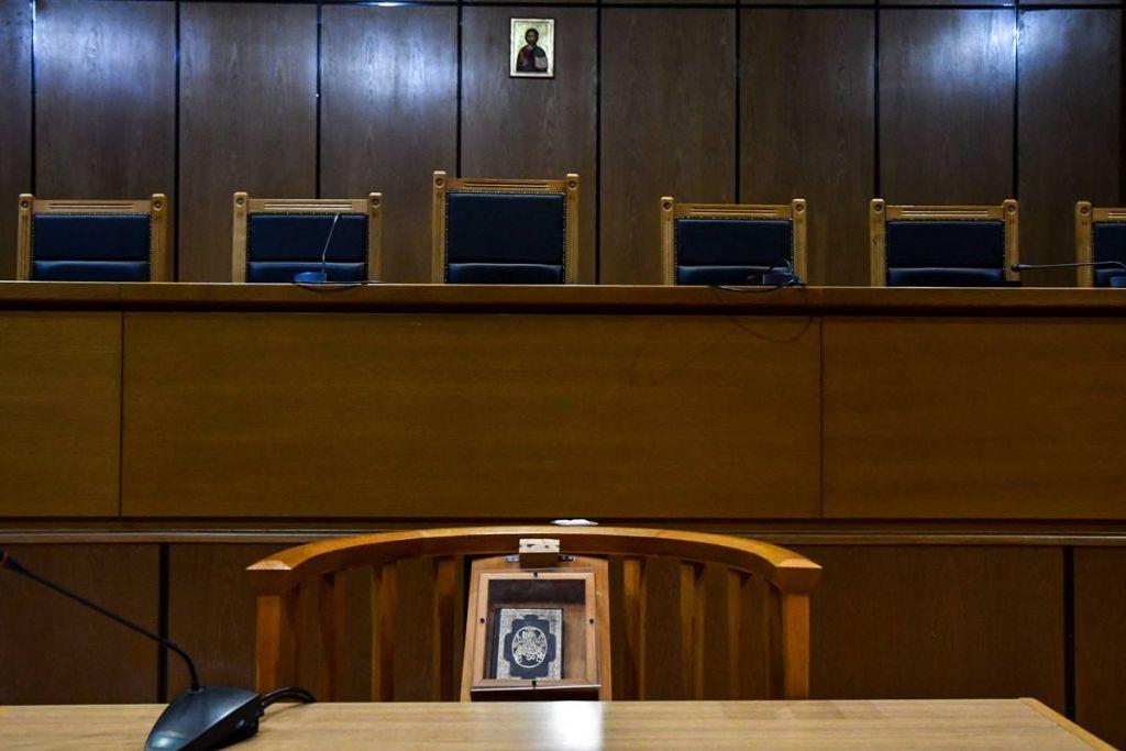 Δικηγόροι: Χιλιάδες αιτήσεις για εκπαίδευση από το υπ. Εργασίας