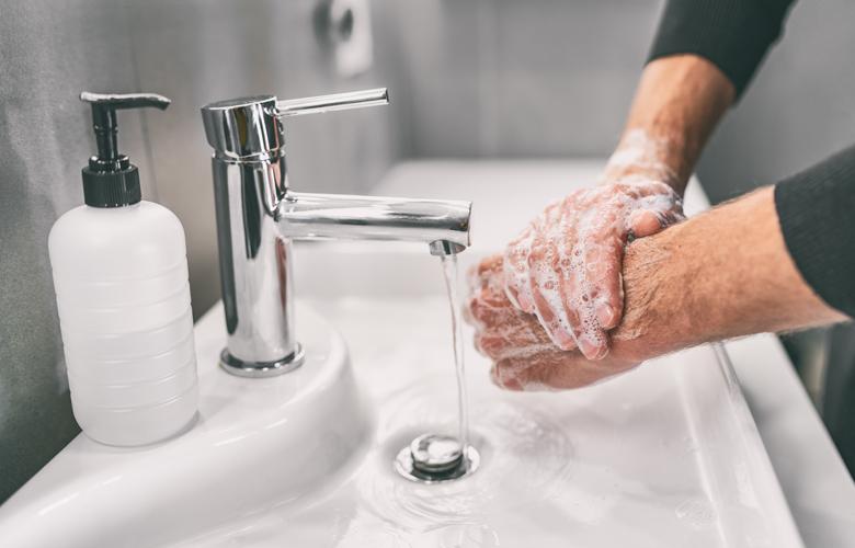ΕΟΦ: Ανακαλεί καθαριστικό χεριών