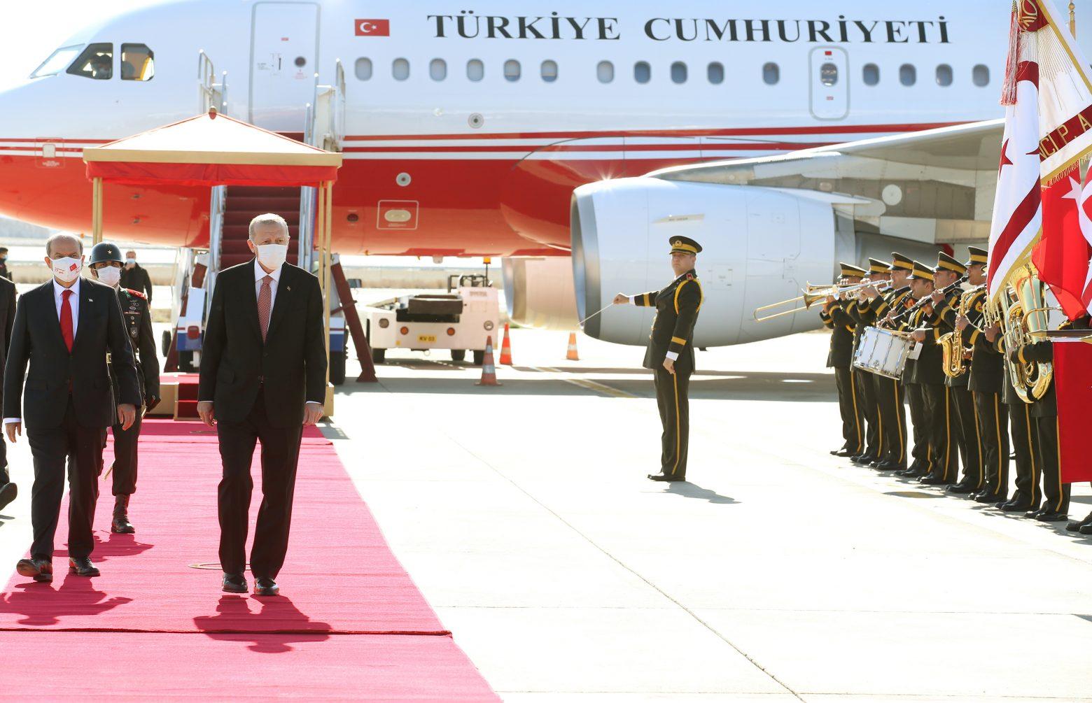 Θα γινόμασταν Κρήτη»: «Εμφύλιος» στα κατεχόμενα - «Προδότες» όσοι  περιφρονούν τον Ερντογάν   in.gr
