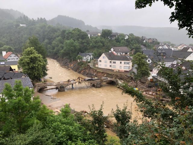 Eθνική καταστροφή στη Γερμανία: Τουλάχιστον 133 οι νεκροί από τις πλημμύρες