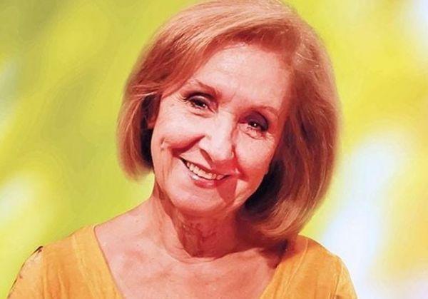 Κάρμεν Ρουγγέρη - «Ήμασταν πολύ φτωχοί, φάγαμε σουβλάκι για γαμήλιο γεύμα»