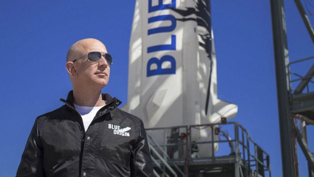 Δείτε live: Ο Τζεφ Μπέζος εκτοξεύεται στο Διάστημα
