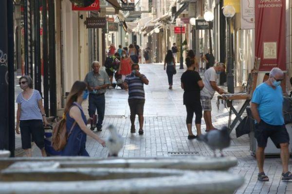 Κοροναϊός: Τα τρία μέτρα που βρίσκονται στο τραπέζι των ειδικών – Φόβοι για επιστροφή σε τοπικούς περιορισμούς