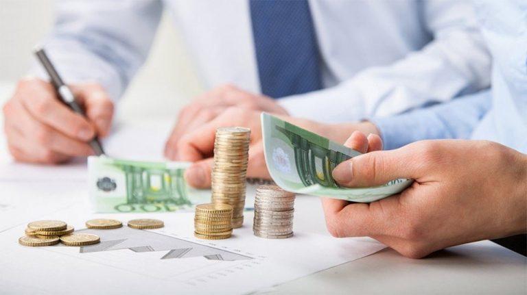 Αγώνας δρόμου για «κρατικά φέσια» 2,3 δισ. ευρώ