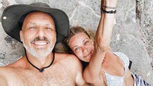 Νίκος Μουτσινάς: Η φωτογραφία με τη Ζέτα Μακρυπούλια και το γλυκό σημείωμα