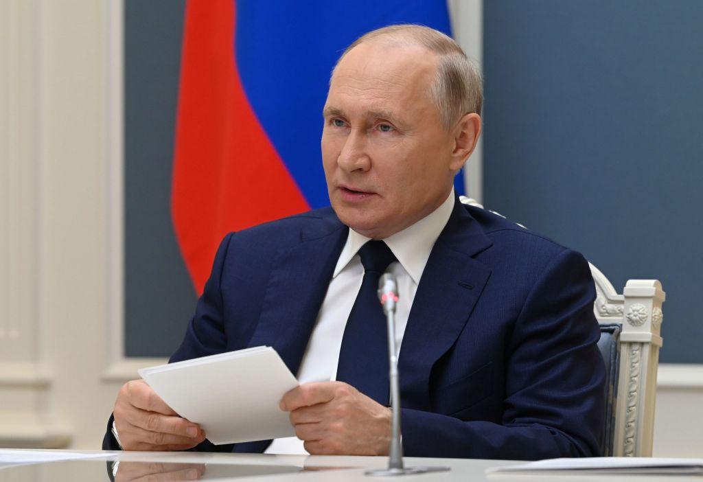 Ρωσία: Ο Πούτιν υπέγραψε νόμο για τη μείωση των εκπομπών αερίου